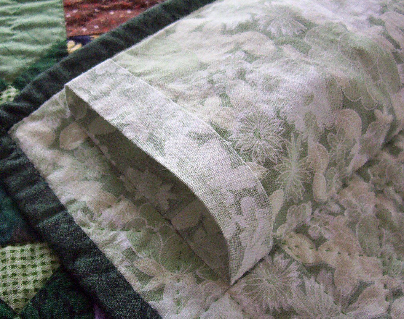 Quilt Care Tips | Gorges Quilt Labels : how to make a quilt sleeve - Adamdwight.com